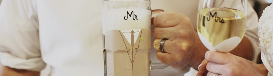 mr-mrs-wedding-glasses